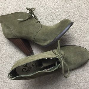 Seychelles Suede Lace Up Booties Heel Size 7.5
